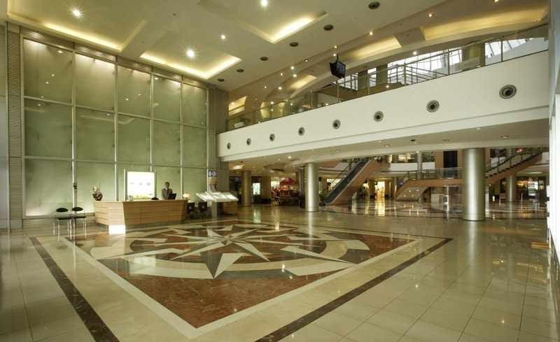 Inorbit Mall, Malad West