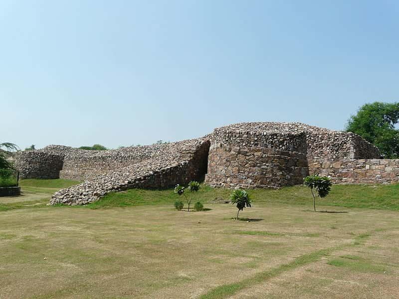Ramparts of Qila Rai Pithora near the Qutab Minar