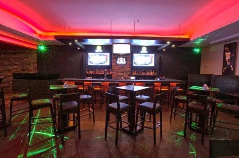 Score Sports Bar And Grill, Malad