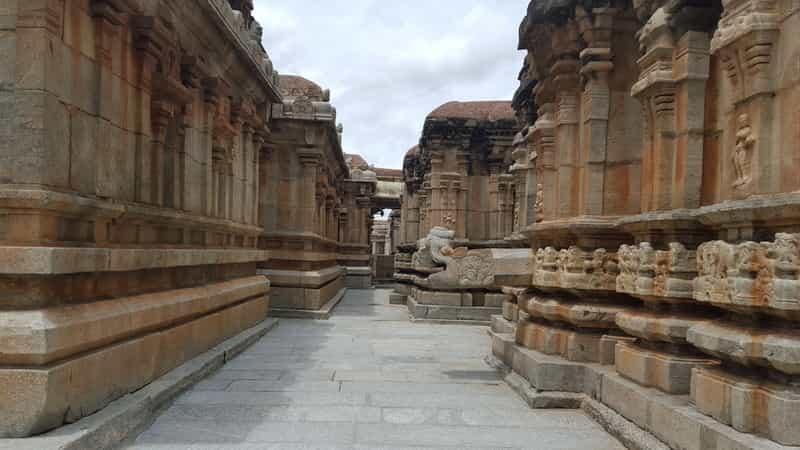 Temples in Avani