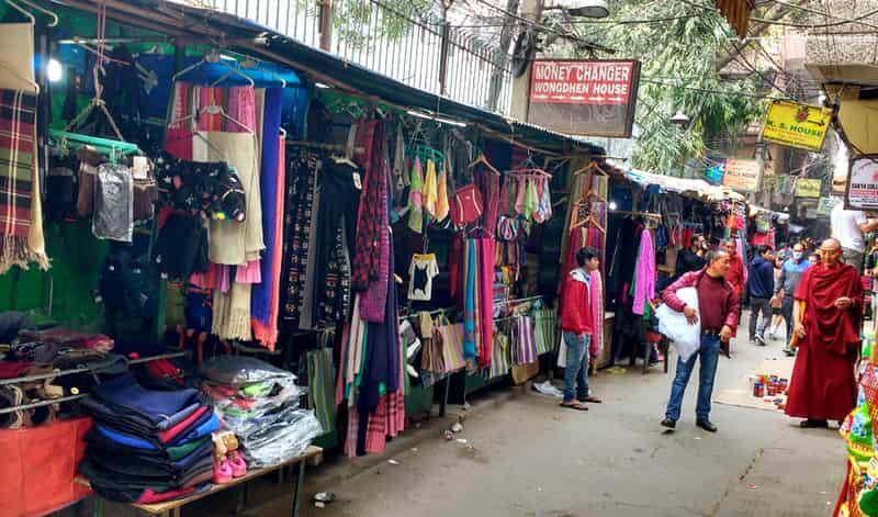 A popular Tibetan market