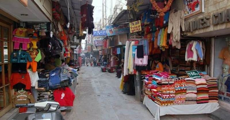 A popular shopping market in Delhi
