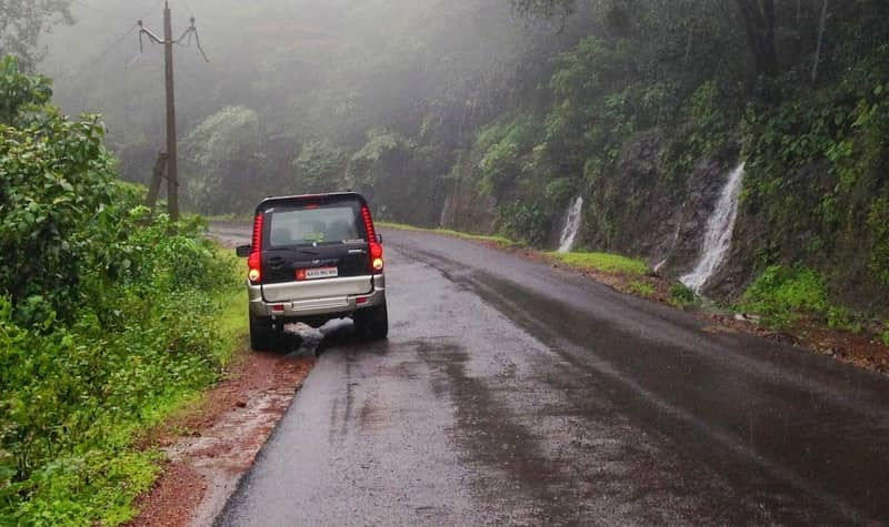 Anmod Ghat Drive During Monsoons