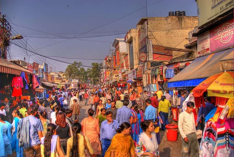 Get affordable deals on electronics at the Lajpat Rai Market
