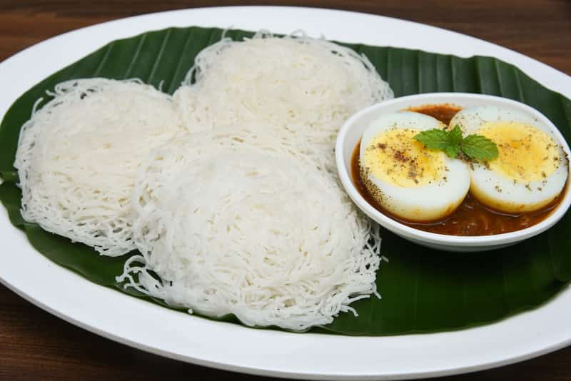 Idiyappam with Egg and Gravy