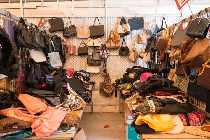 Wholesale Cloth Markets in Mumbai, Cloth Markets in Mumbai