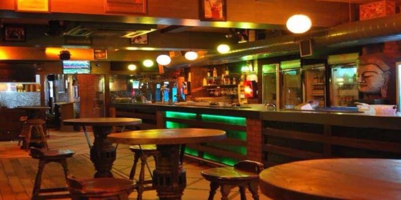 TC Bar & Restaurant, Adchini
