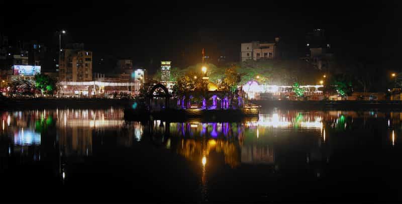 The Talao Pali lake at night