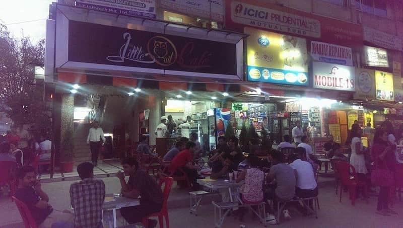 The late night restaurants at Pandara Road