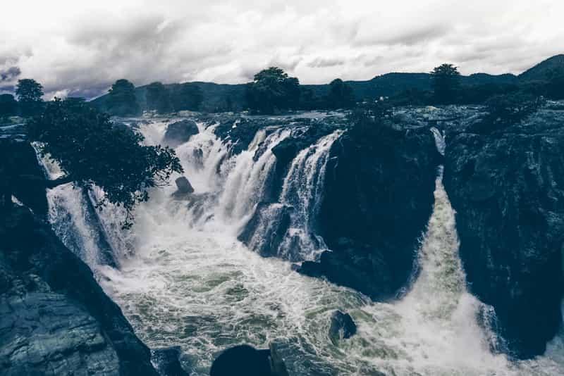 Hogenakkal Waterfalls at Dharmapuri