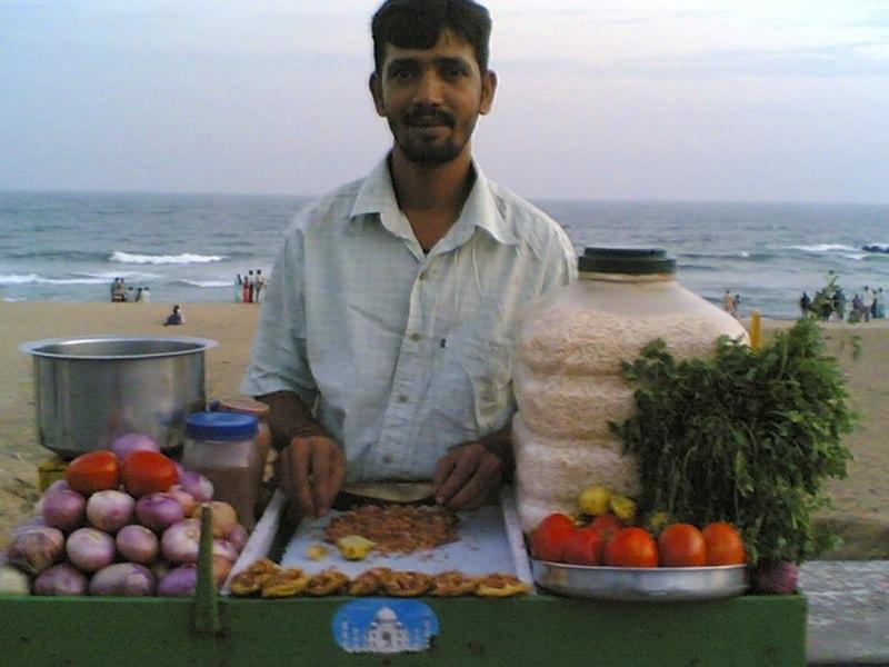 A Muri Mixture vendor at RK Beach