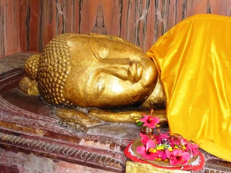 Buddha statue at Mahaparinirvana Temple