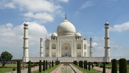 10 Fascinating Historical Places in India