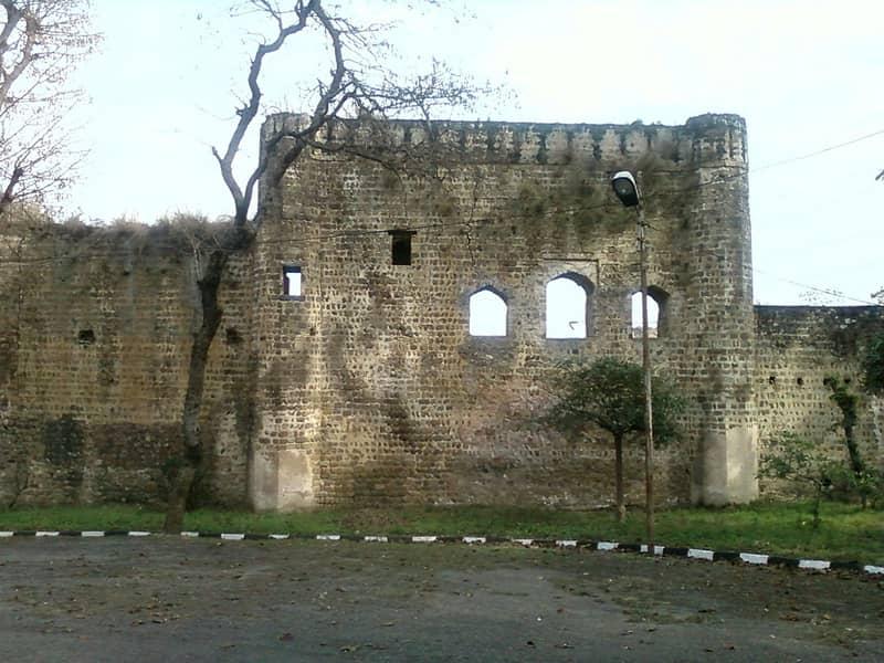 Shahpur Kandi Fort
