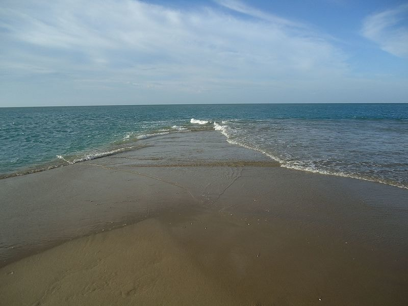 Two Seas meeting at Dhanushkodi