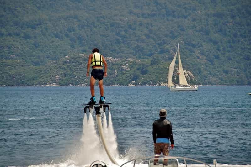 Try Flyboarding in Goa