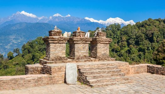 18 Magnificent Places to Visit in Pelling and Its Surroundings